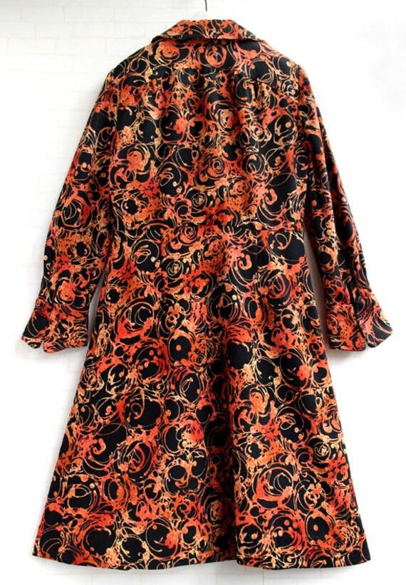 Japanese Orange And Black Pattern 60s Collar Japa… - image 3