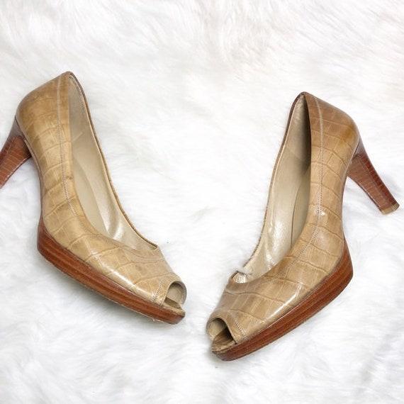 STUART WEITZMEN peep shoes size size 8