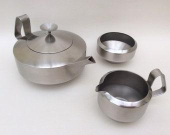 Old Hall Stainless Steel Tea Set Designed by Robert Welch Alveston