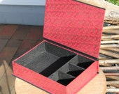 Handmade small jewelry box with 4 different sized compartments. Very suitable for young people. Dimensions 24 x 17 x 6 cm
