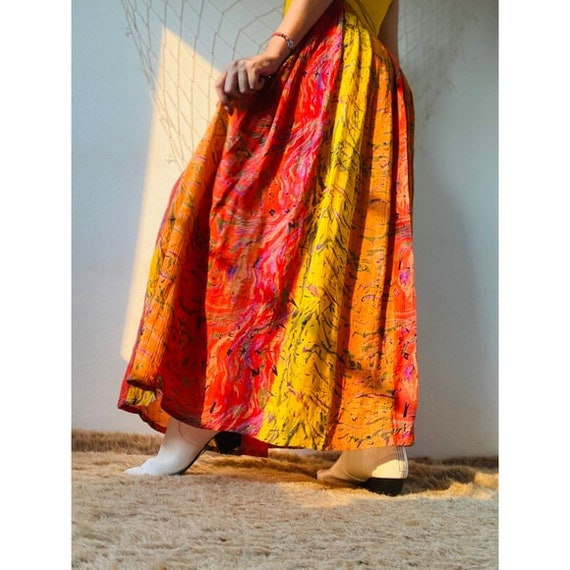 Vintage Gorgeous Abstract Maxi Skirt - image 6