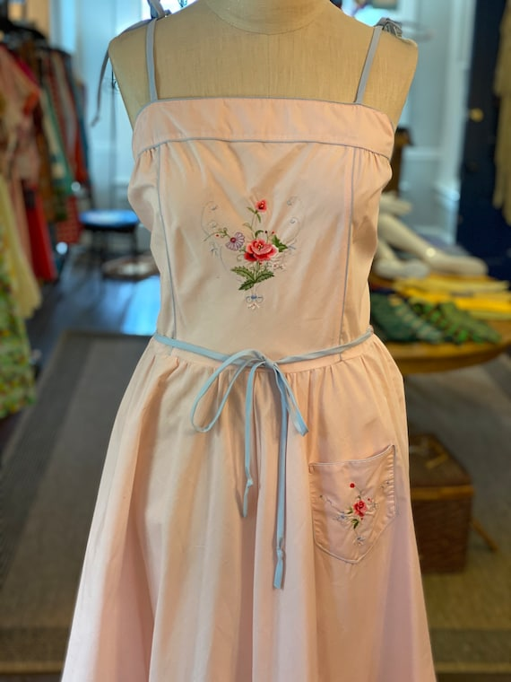 1970s Embroidered sun dress - image 4