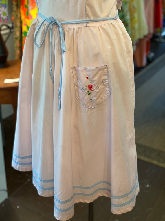 1970s Embroidered sun dress - image 5