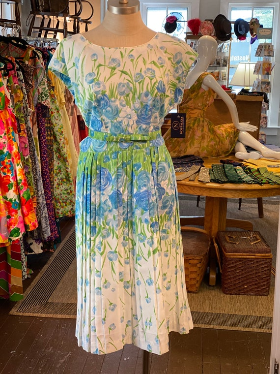 1950s Green and Blue floral dress with belt.