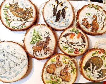 Decorative hanging wood slice , woodland decoration, rustic decoration, animal scene, bauble, rustic decor, Christmas decoration
