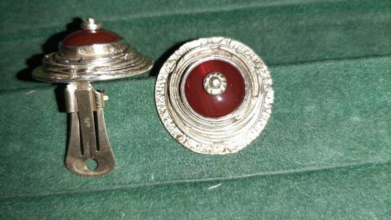 Vintage clip-on earrings - image 4