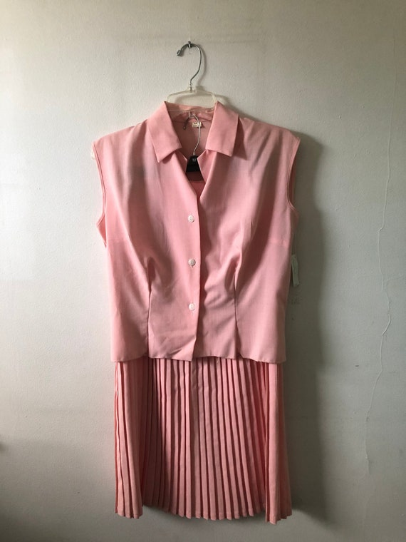1950s Buttoned Shirt and Pleated Skirt Set - With