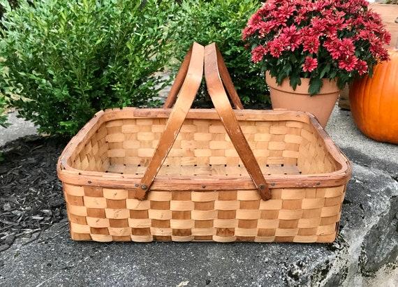 Vintage Picnic Basket, Wicker Basket, Wicker Baske