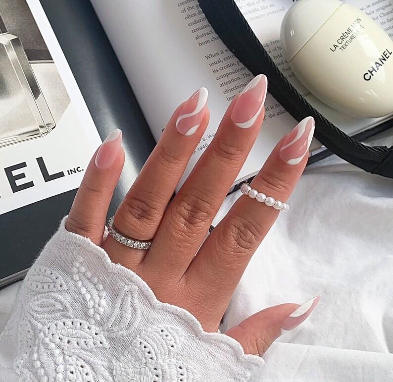 ADELE ABSTRACT press on nails  Reusable press on image 0