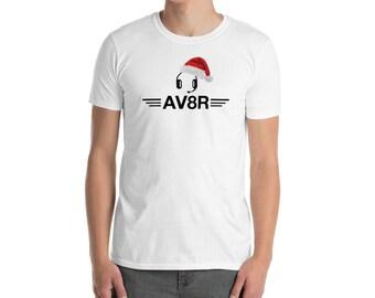 AV8R Christmas Santa Hat Airline Aviation White T Shirt Gift Unisex
