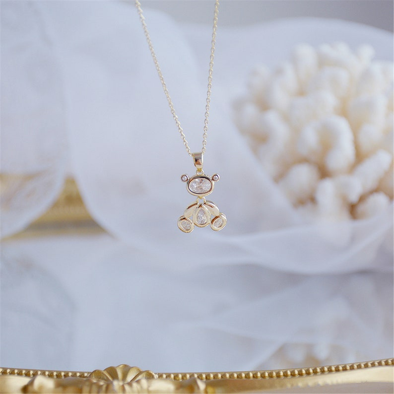 Exquisite Movable Bear Women Necklace 14k Real Gold Elegant Zircon Necklace Birthday Gift Jewelry