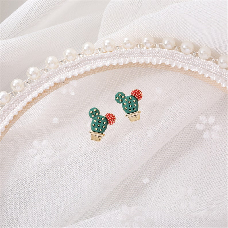 Fashion Cute Style Small Cactus Earrings Sweety Lovely Style Stud Earrings For Girl Boucle Accessories