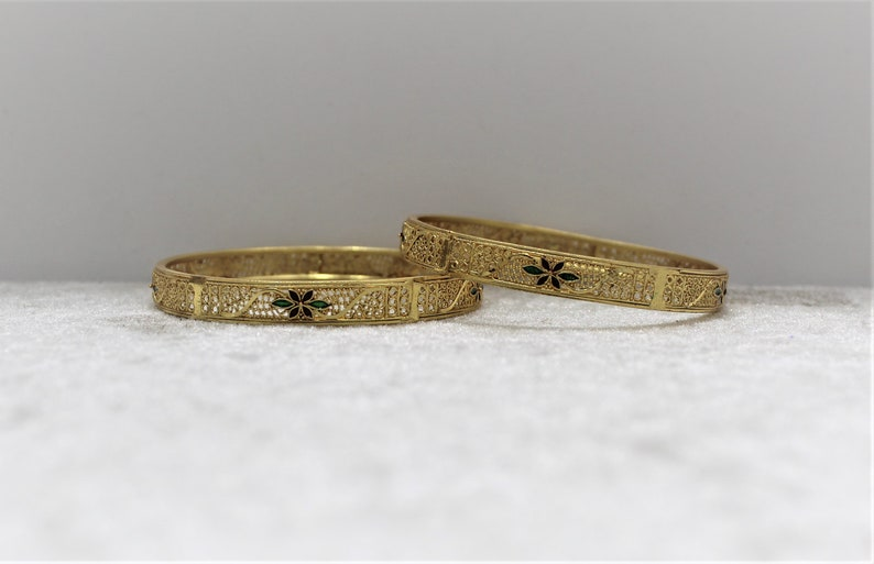 New Latest Indian Pakistani Afghani Jewellery Gold plated Wedding Bangle size2.6