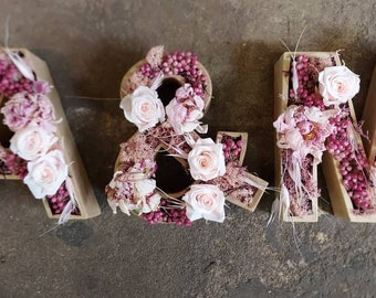Letter set of dried flowers can be selected as desired