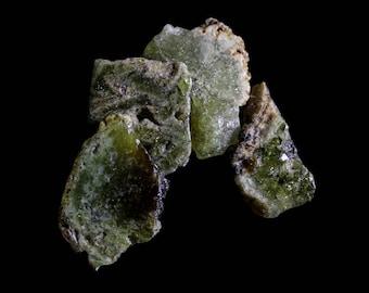 Green Garnet Slices Dark