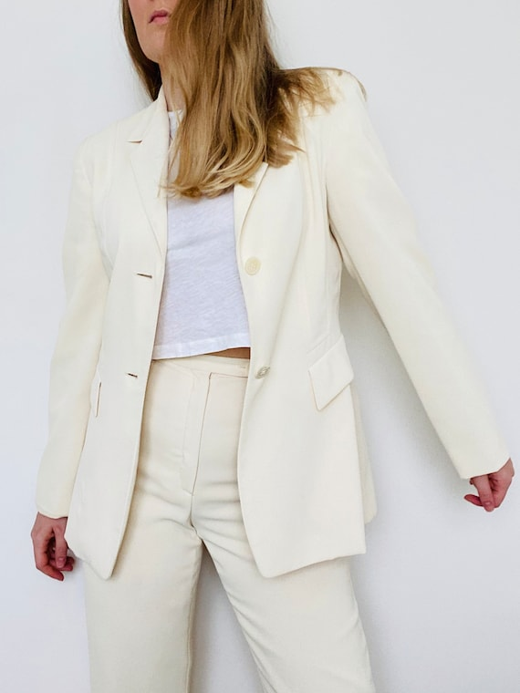 Betty Barclay cream trousers and blazer suit size