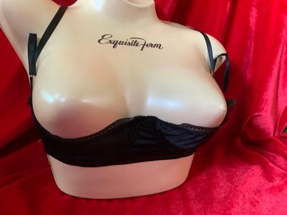 Vintage satin shelf bra by glamour wear of Maidenh