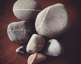 Wishing Stones / Magic Stones from the Isle of Skye / Scotland / Magick & Folklore / Wishing Rocks from the Scottish Highlands