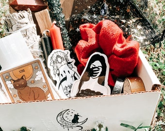 Mystery Witchy/Metaphysical/Spooky Box *PLEASE READ DESCRIPTION*