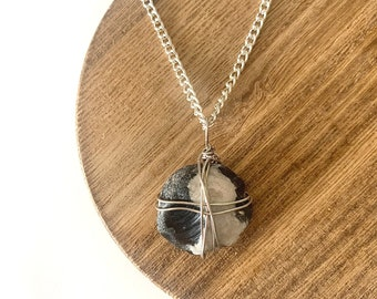 Ying Yang Wide Stone Necklace