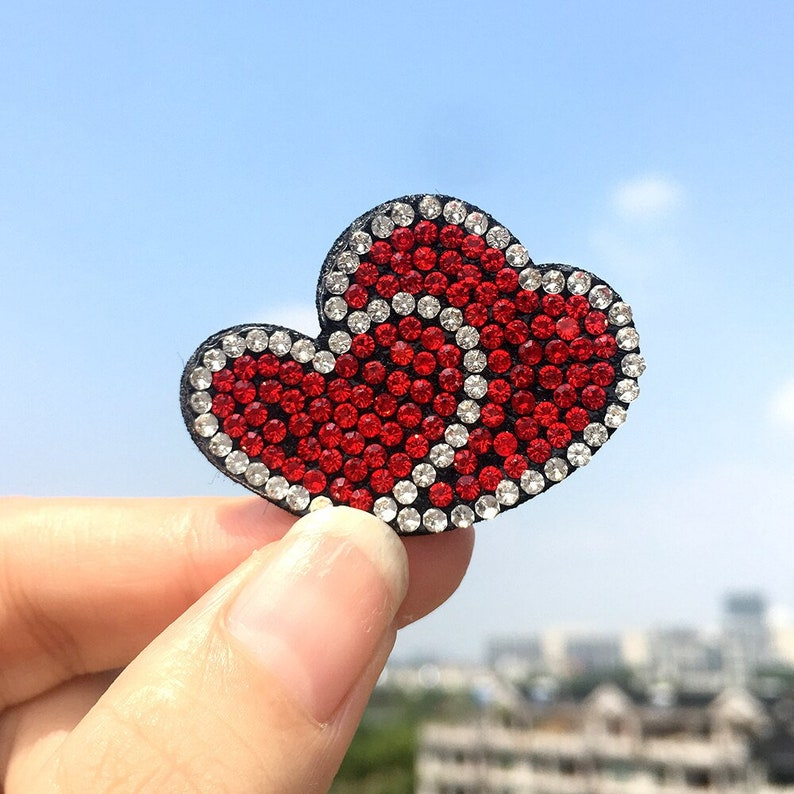 15pcsLot Cheap Clothes Wholesale Clothing Sequin Applique for Clothing Rhinestone Patches DIY Cloth BB Cilp