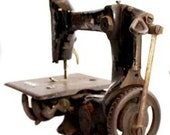 Indian AntiqueVintage Sewing Machines Hand Crank A Decorative Showpiece Rare 75 year old