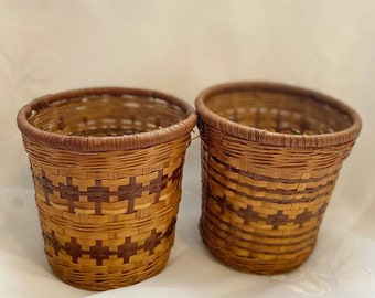 Vintage Wicker Round Baskets - Make Up Brush Holder , Indoor Planter , Boho Office