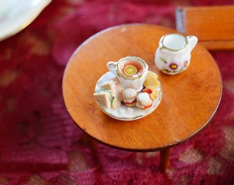 Royal Tea - Collectible Miniature Set - Tea Time - Scones - Tramezzini - Miniature English Sweets - Scale 1:12