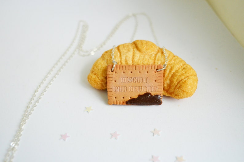 Butter and Chocolate Cookie Necklace
