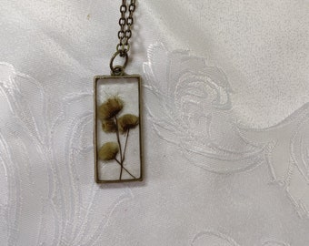 Geometric floral pendant, pressed flower necklace, resin jewelry, dried pressed flowers bouquet, gift for her, gift for teenager