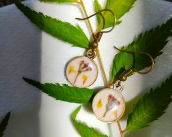 Floral Resin Earrings, Pressed Flower Earrings,Real Pressed Flower Jewelry,  Botanical Jewelry, Real Flower Earring