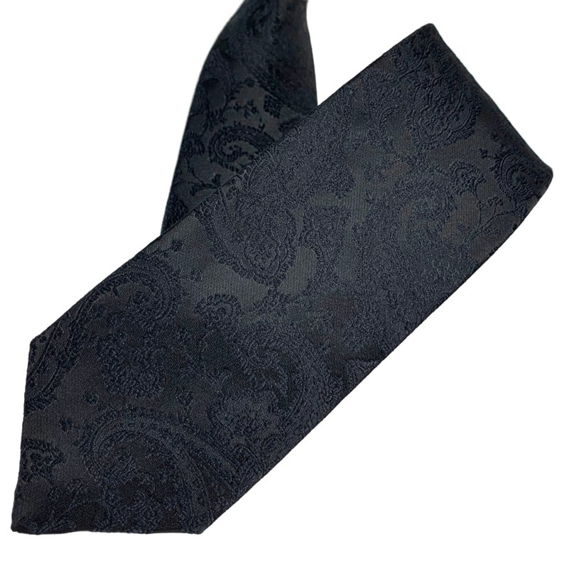 6cm Tie with black self-shawl patterned leaves and flowers for a classic suit 2.36
