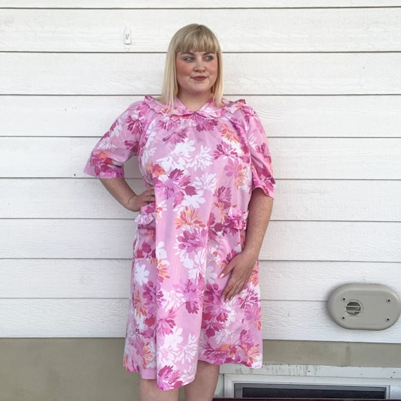 JCPenney purple peach robe large vintage size 14 bright floral pattern: pink 1970s cotton HOUSE DRESS red lounge green
