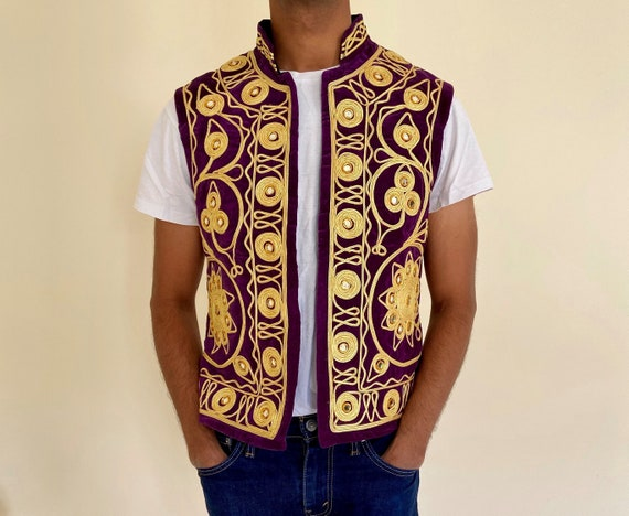 Vintage Velvet Purple and Gold Traditional 1970s A
