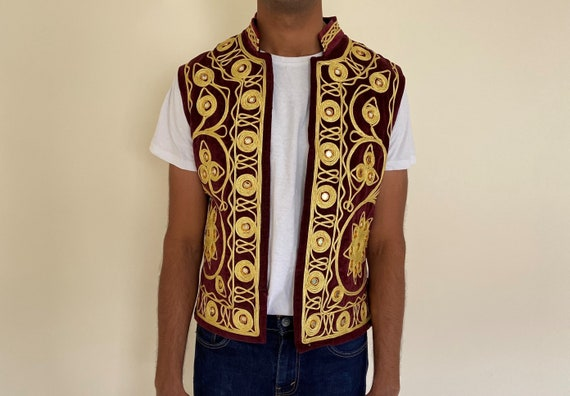Vintage Velvet Burgundy and Gold Traditional 1970s