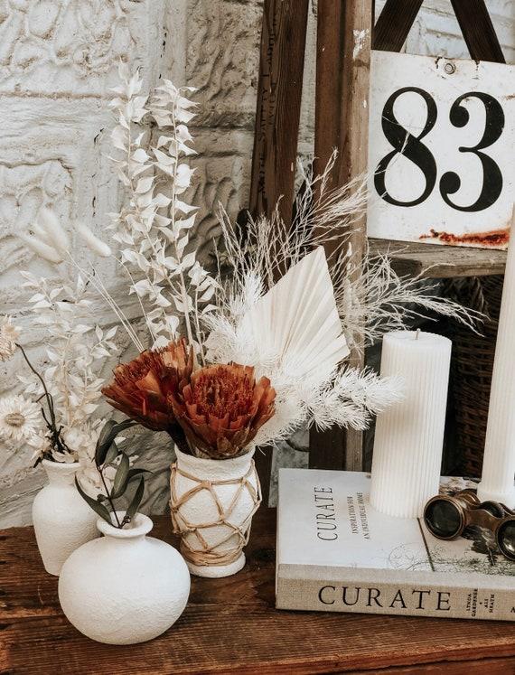 The Pretty in White Vessels