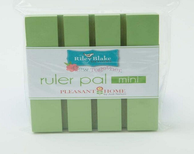 Quilting Ruler Organizer - Mini - Green Apple - The Ruler Pal by Pleasant Home - Riley Blake Designs Notions - ( STRP-4984 )