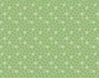 SALE - Granny Apple - Small Churndash - Prim Collection - By Lori Holt of Bee in My Bonnet for Riley Blake Designs - ( C9695-GRANNYAPPLE )