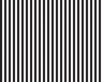 Black and White - 1/4 Quarter Inch Stripe - Quilting Cotton Fabric - Riley Blake Designs - ( C555-BLACK )