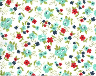 Sunday Stroll - White - Aqua - Floral - Quilting Cotton Fabric - by Bonnie & Camille for Moda - ( 55222 11 )