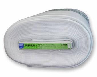 Thermolam Plus Fleece - Fusible Pellon - 45in - ( TP971F )