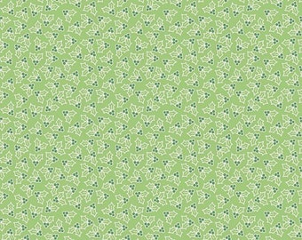 Cozy Christmas Collection - Green - Holly - Quilting Fabric - by  Lori Holt of Bee in My Bonnet for Riley Blake Designs - ( C7973-GREEN )