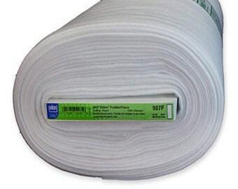 Interfacing - Pellon - 987F Fusible Fleece - Fusible Pellon - 45in - ( N010-987F )