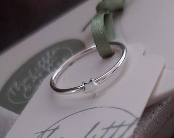 Sterling Silver Star Stacking Ring,Stacking ring, Stackable Ring, Stack Ring, Thin Ring, Thin Stacking Ring, Skinny Spacer Ring, Midi Ring