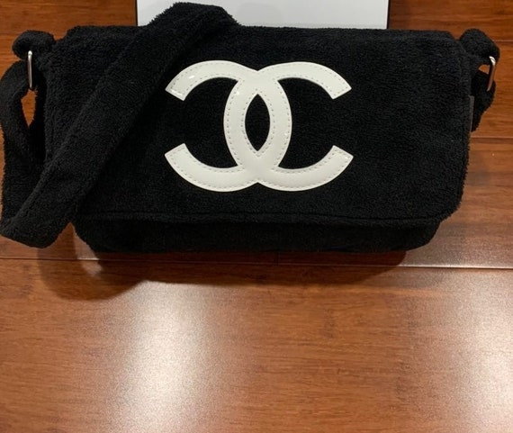 Vintage Chanel VIP Gift Messenger Crossbody Tote B