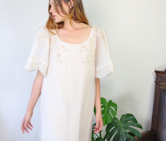 Vintage 70s white organza puff sleeve dress with f