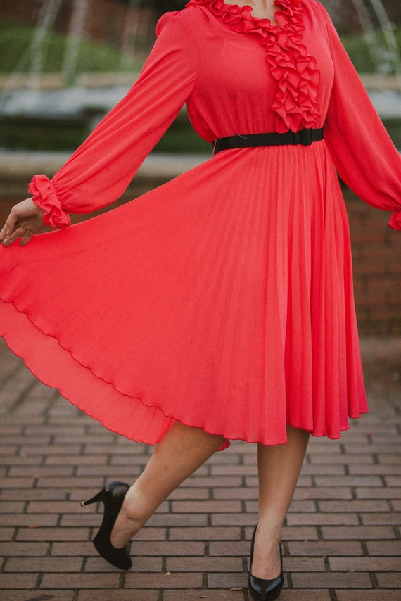 Vintage 1960's Lilli Ann's Petite Coral Pleated an