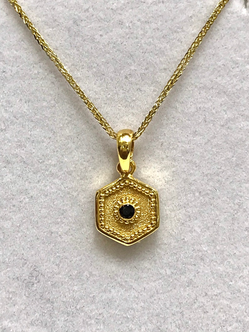 Byzantine Greek pendant in solid gold 14 karat with real sapphire