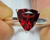 Garnet Ring, Garnet Trillion, Trillion Gemstone Ring, Natural Garnet, Silver Ring, Simple Band Ring, Christmas Ring, Everyday Ring