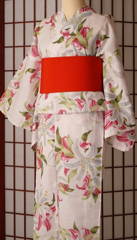 Japanese Kimono Yukata, White Lily, Summer Kimono,